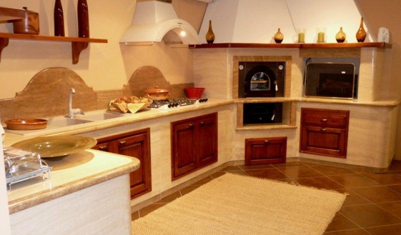 Cucina A Legna In Muratura.Cucina Ivana